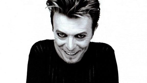 Nuevo álbum en vivo de David Bowie de 1997 «LIVEANDWELL.COM»