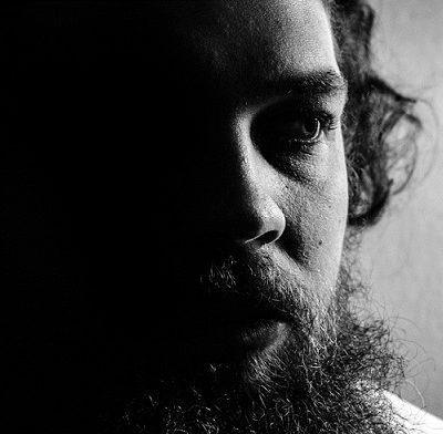 FEDERICO BAGGINI :El escritor presenta «Sesiones de Poesía Compartida» por YouTube