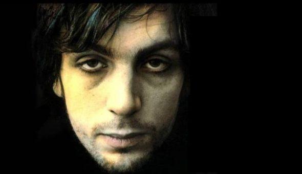 Excesos y locura: a 15 años de la muerte de Syd Barrett, el líder de Pink Floyd que se convirtió en un espectro.